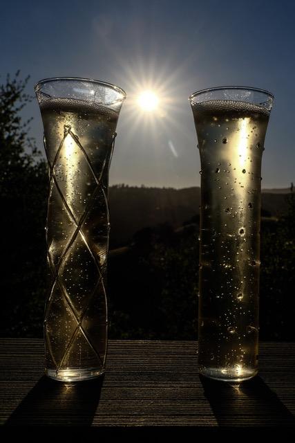 sparkling wine, champagne